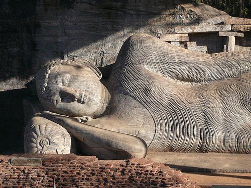polonnaruwa-sri-lanka-holidays