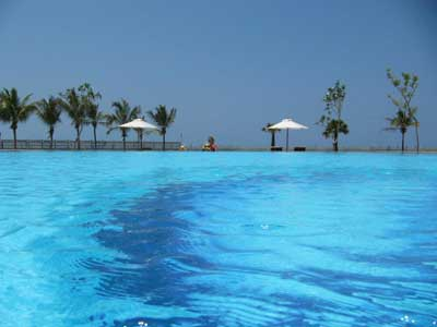 Amethyst Resort, Passikudha
