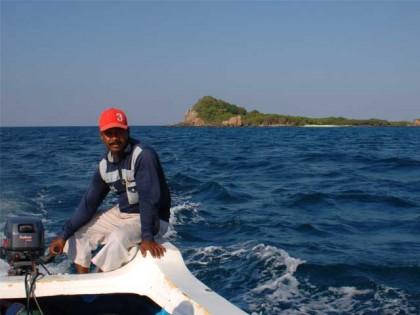 Pigeon Island Trip, Nilaveli, Trincomalee, Sri Lanka Holidays