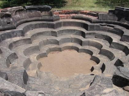 SriLanka_Polonnaruwa_LotusPond